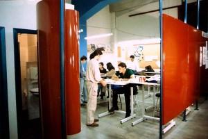 Historia Aula D . 1999
